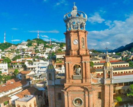La-iglesia-de-Guadalupe-Puerto-Vallarta