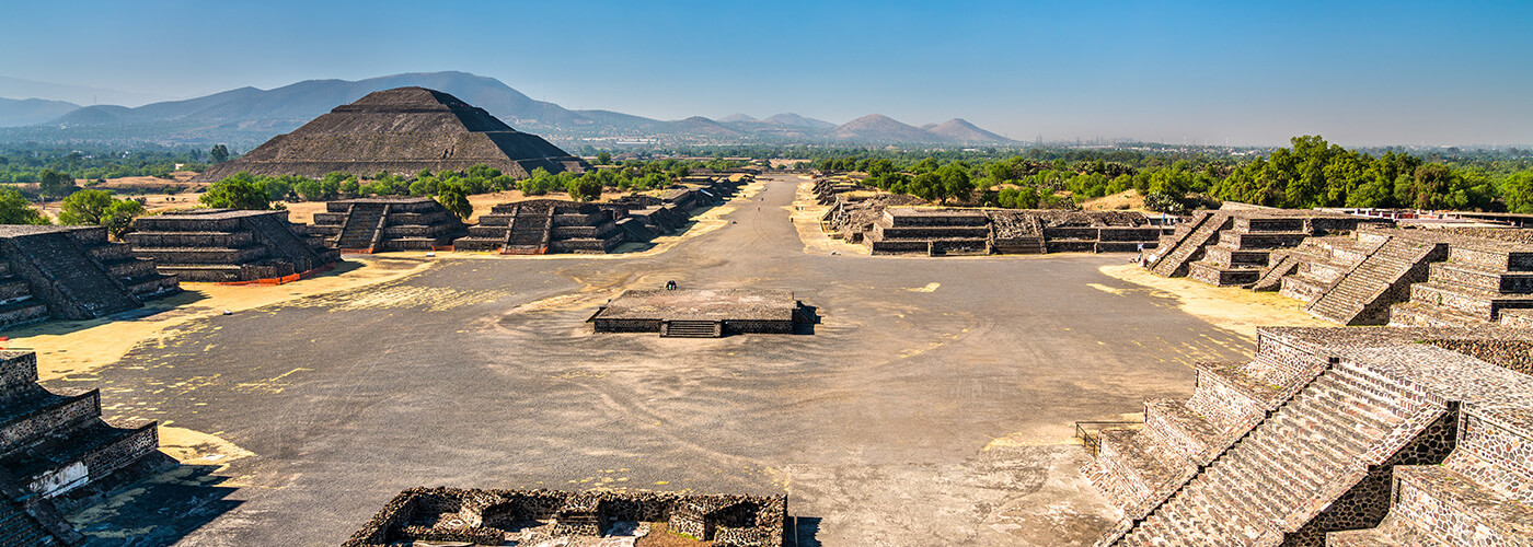 Estigo Private Tours Mexico City Piramids of teotihuacan + Basilica of guadalupe 1